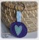 Porte clefs en feutrine, couture main et coeurs
