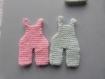 Layette : petite salopette rose tendre en tricot pour scrapbooking, faire part , déco miniature