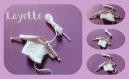 Layette : petit tricot en forme de pull pour scrapbooking, faire part , déco miniature,baby shower