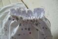 Sac à lingerie brodé gris et blanc forme pochon