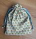Lot de 2 sacs pochons pour les petites affaires de bébé - tissu certifié oeko-tex