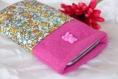 Housse portable rose avec ourson et tissu à fleurs