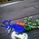 Paon de creative beads-> 30cm de longueur (livré avec son support)