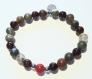 Bracelet en perles naturelles 6 mm : pierre de sang (jaspe héliotrope), grenat et corail