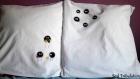 Taies d'oreiller boules de suie / susuwatari, tiré du voyage de chihiro par le studio ghibli, noireaudes cousues et peintes à la ma