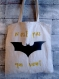 Totebag batman, logo batman dans the dark night, super héro, cousu et peint à la main