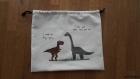 Sac pochon dinosaures, t-rex et brachiosaure. sac de rangement en coton cousu et peint à la main