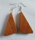 Boucles d'oreilles pendantes en bois de chêne massif.