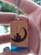 Porte clés personnalisable en bois de chêne et résine.