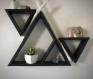 Etagères murales triangulaires en bois