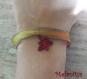 Bracelet ruban feuille d'érable rouge