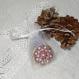 Porte clé rond 4cm + attache, décor mandala violet et breloque fillette
