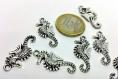 X1 breloque - hippocampe océan - en metal argenté
