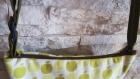 Sac à main fermeture zippée bandoulière réglable imprimé pomme fabrication artisanale pièce unique
