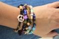 Bracelet tendance peace and love heishi camel
