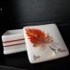 Petite boite porcelaine française plume. peinte à la main.