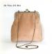 Sac bohème brodé pompon,sac blanc et camel,sac chaine fermoir métallique,fait main,sac artisanal boho coloré