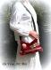 Sac bohème tissus femme,fait main,besace bandoulière velours framboise,sac broderie pompons dentelle