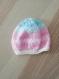 Bonnet layette rose / blanc / bleu (t. naissance)