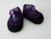 Chaussons layette tricot  (3-6 mois) violet / noir