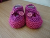 Chaussons layette tricot  (3-6 mois) violet / rose