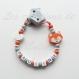 Attache tétine en bois personnalisée : renard (à vous de choisir couleur du clip et de la perle) / attache tétine renard