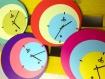 Horloge murale ronde style vintage 3 couleurs années 50