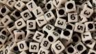 100 perle blanc chiffre cube 6mm braclet, bijoux, porte clé... chiffres