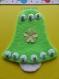 Carte pâques cloche verte et fleurs