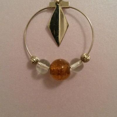 Créoles avec perles et breloques