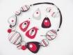 Parure en pâte polymère collier - boucles d'oreilles avec des rayures blanches, noires, grises et rouges (fimo,premo,cernit)