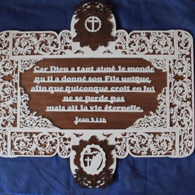 Plaque d'inspiration religieuse