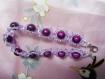 Bracelet violet et ses perles magiques