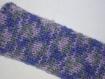 Bandeau tricoté en laine chinée mauve avec des touches de rose et de gris pour ado ou adultes