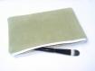 Trousse à maquillage ou pochette - cuir velouté vert olive