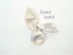 Hochet lapin oreille papier bruyant - anneau de dentition montessori pour bébé - beige