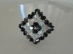 Bague losange noire et blanche en perles de cristal swarovski