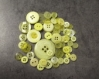 Lot de boutons jaunes pour créer