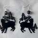Boucles d'oreilles chat noir et ses papillons