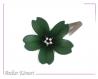 Barrette fleur sakura vert très foncé et noire à perles blanches et vertes.
