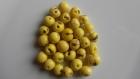 Perle graine açaï jaune pastel (lot de 30 perles)