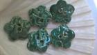 Lot de 5 boutons fleurs en céramique émaillée vert