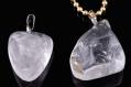 Pendentifs/breloques en pierre fine 'cristal' demi-gemme  (oeil ± 6mm)