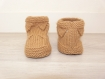 Chaussons bébé 0-6 mois - camel - tricotés main - cadeau naissance