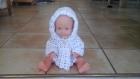 Petite veste à capuche naissance