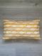 Housse de coussin poissons rectangle 30x50 cm, tissu coton épais imprimé de poissons jaune et gris, fond jaune, pour donner une touche bord de mer à votre intérieur