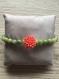 Bracelet femme en pierre jade et fleur nacre corail, monté sur élastique