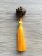 Pendentif pour sautoir, grand pompon perle marron et doré