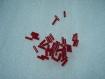 Lot de perles de rocaille tube rouge   25-17