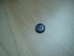 Deux boutons marbré gris avec rebord   22-108